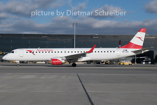 2018-12-26 OE-LWC Embraer 195 Austrian Airlines