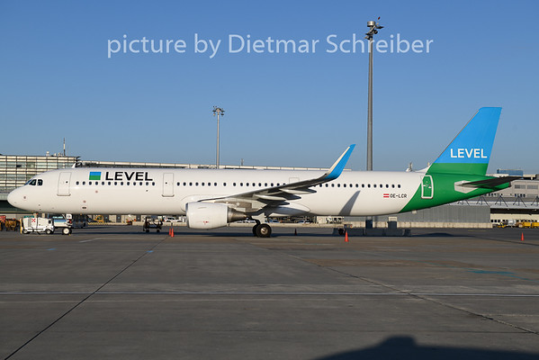 2018-12-28 OE-LCR Airbus A321 Level