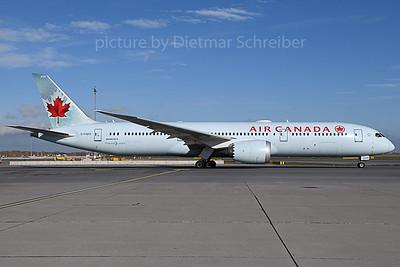 2019-11-14 C-FGEO Boeing 787-9 Air Canada