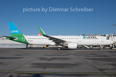 2019-12-20 OE-LCP Airbus A321 Level