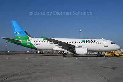 2019-11-01 OE-LVR Airbus A320 Level