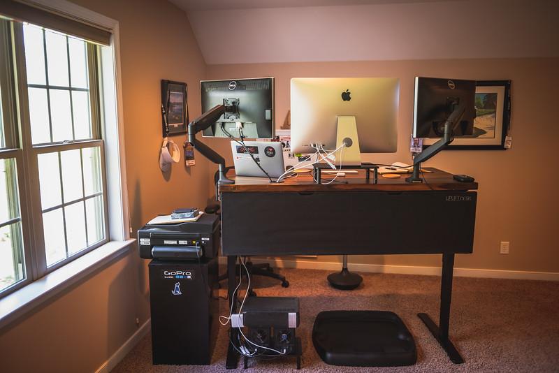 Uplift Standing Desk Review - Creative Dog Media