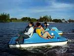 2005 10 01 Sat - Peddle boat meelee