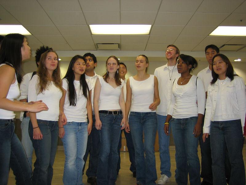 2005 11 12 Sat - Zombie girls