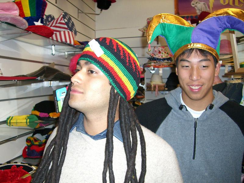 2005 11 18 Fri - Puerto Rican Pablo Pozo & Jester James Lee