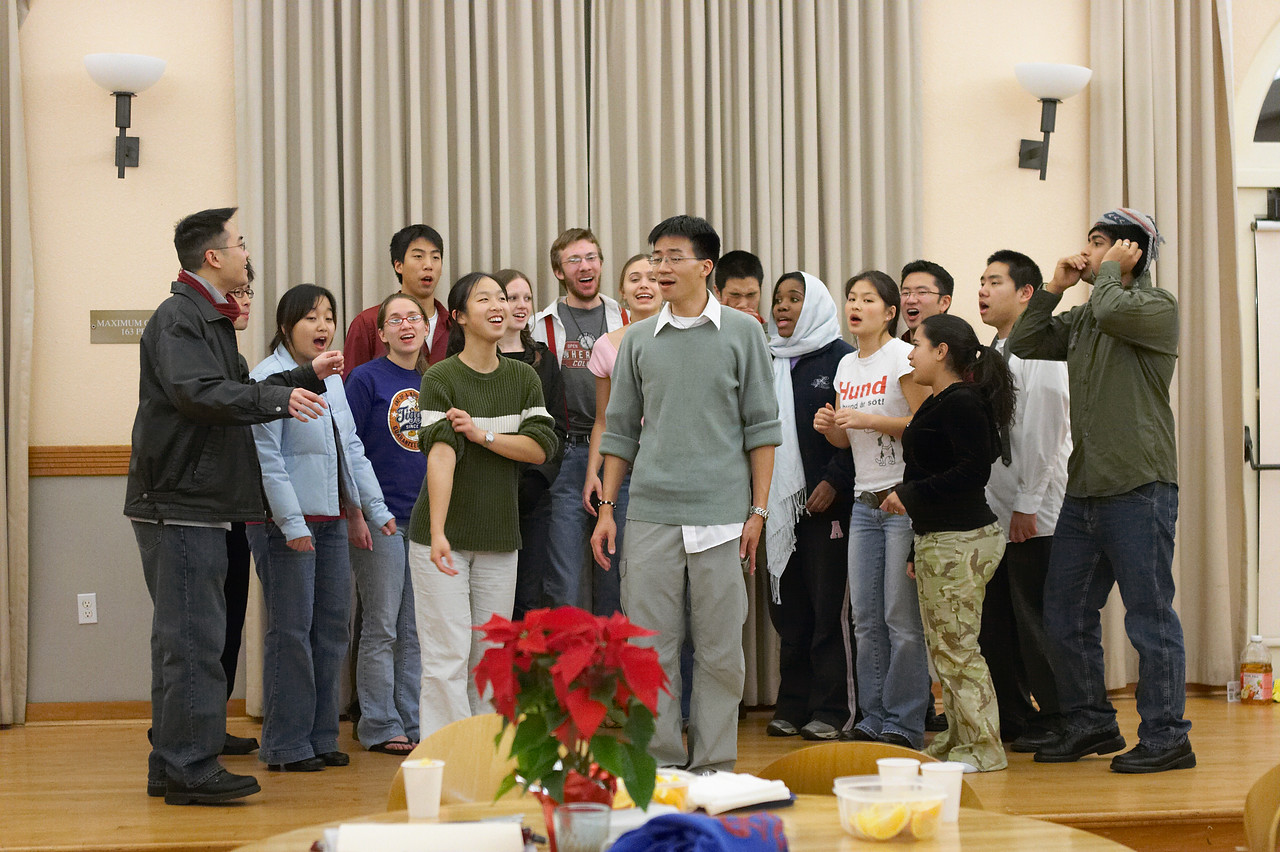 2005 12 09 Fri - Late night rehearsal 7 - Emmanuel 1
