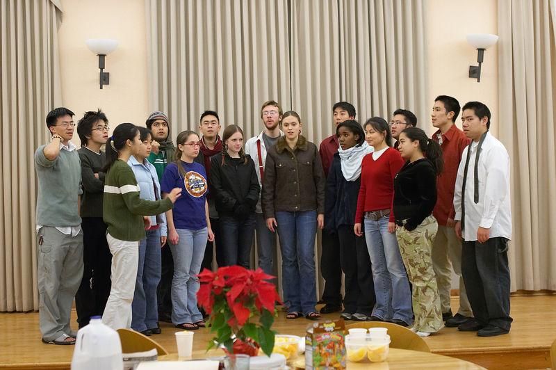 2005 12 09 Fri - Late night rehearsal 2