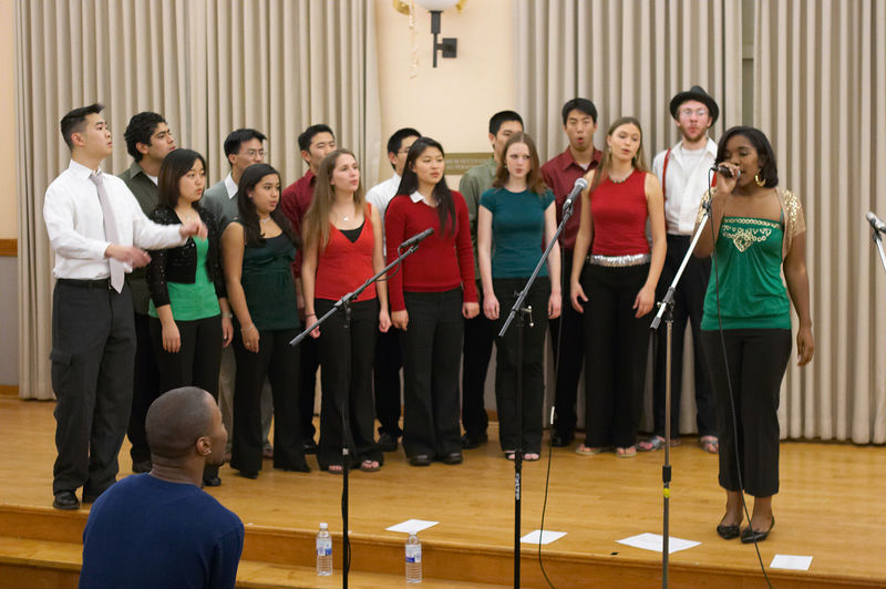 2005 12 10 Sat - Joyful choir 1