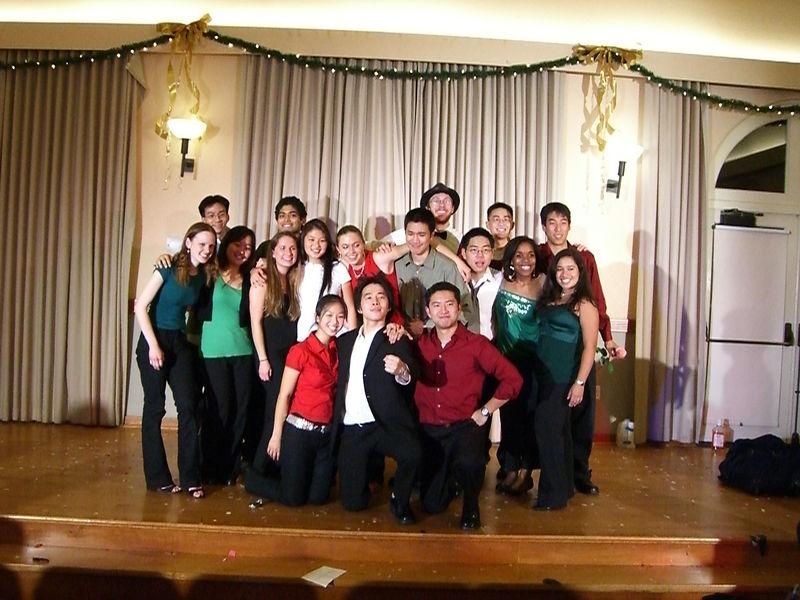 2005 12 10 Sat - Tmony '05 group pic 4