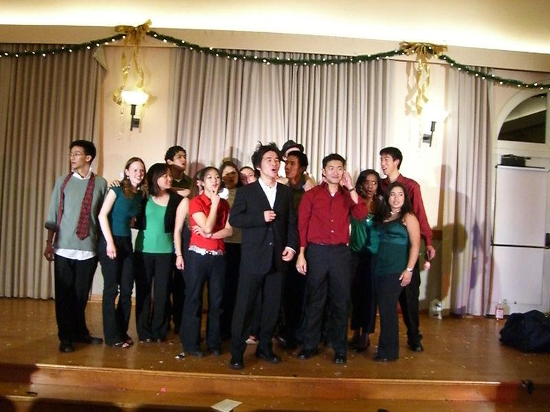 2005 12 10 Sat - Tmony '05 group pic 3