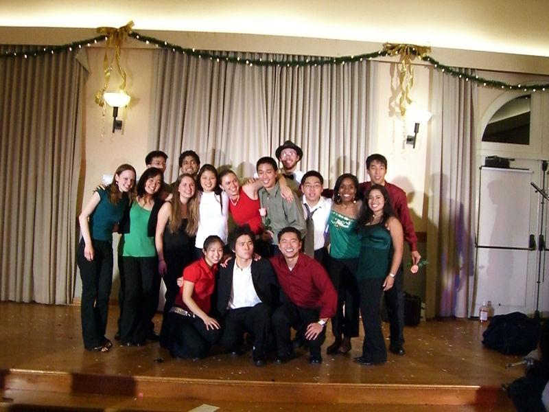 2005 12 10 Sat - Tmony '05 group pic 2