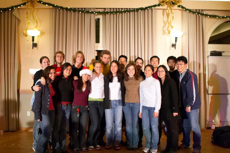 2005 12 10 Sat - Alumni group pic 4