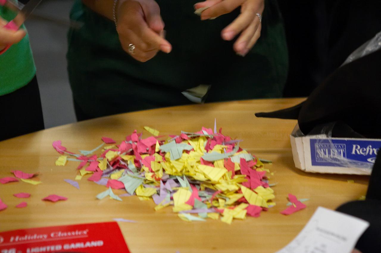 2005 12 10 Sat - Confetti