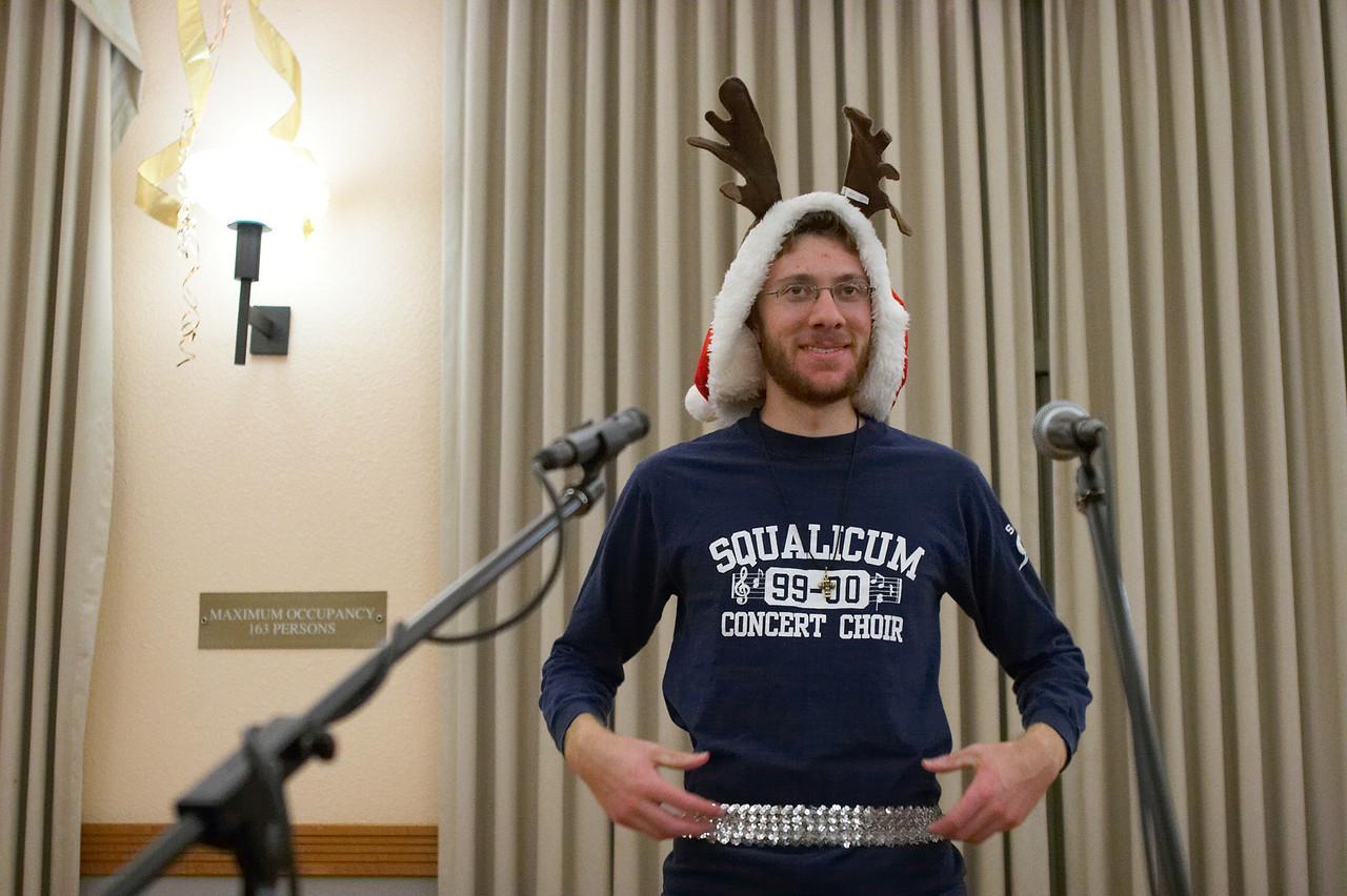 2005 12 10 Sat - Rob Majors, the forgotten reindeer