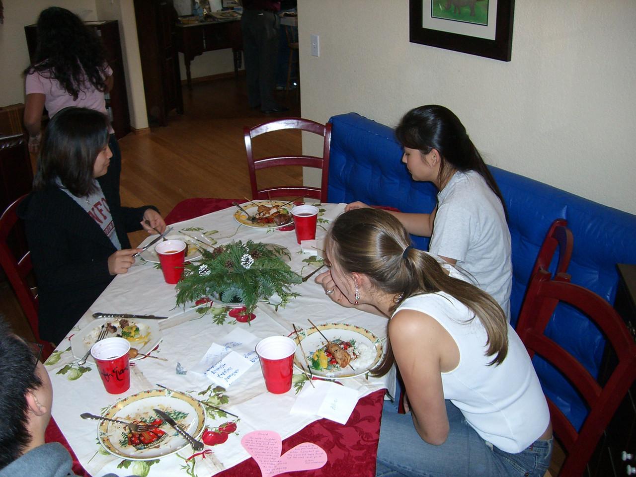 2005 12 18 Sun - Lake Ave Church - Esther Kang, Jenn Kim, & Allie Dunworth grub