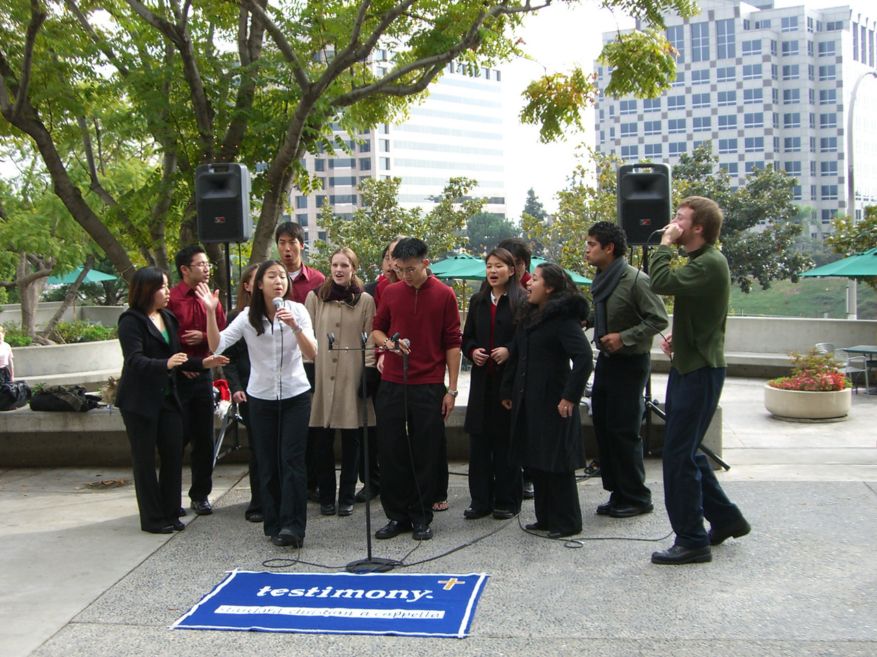 2005 12 18 Sun - Lake Ave Church - Jenny Alyono & Ben Yu on Emmanuel 3