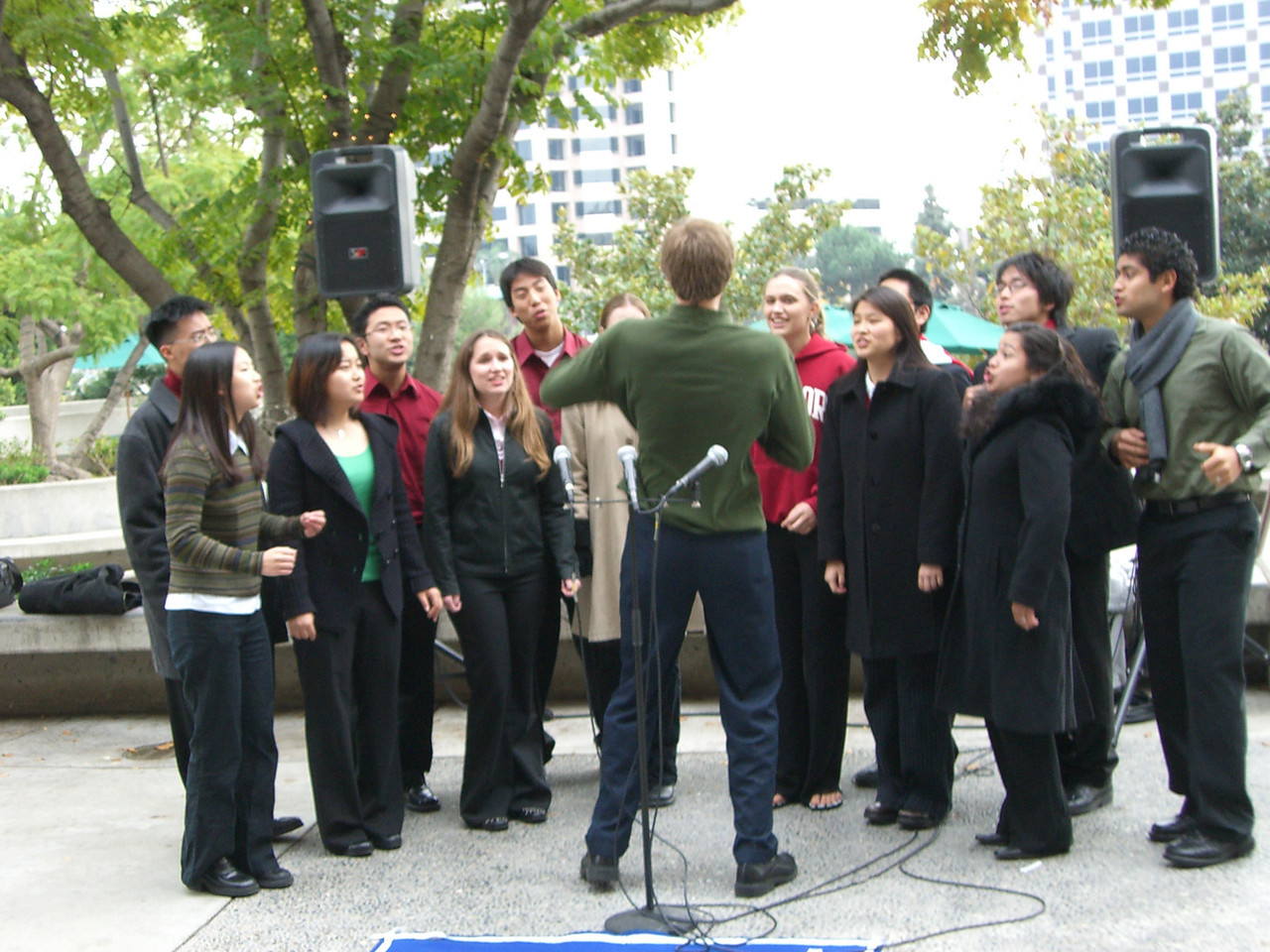 2005 12 18 Sun - Lake Ave Church - Rob Majors takes over conducting Jingle Bells