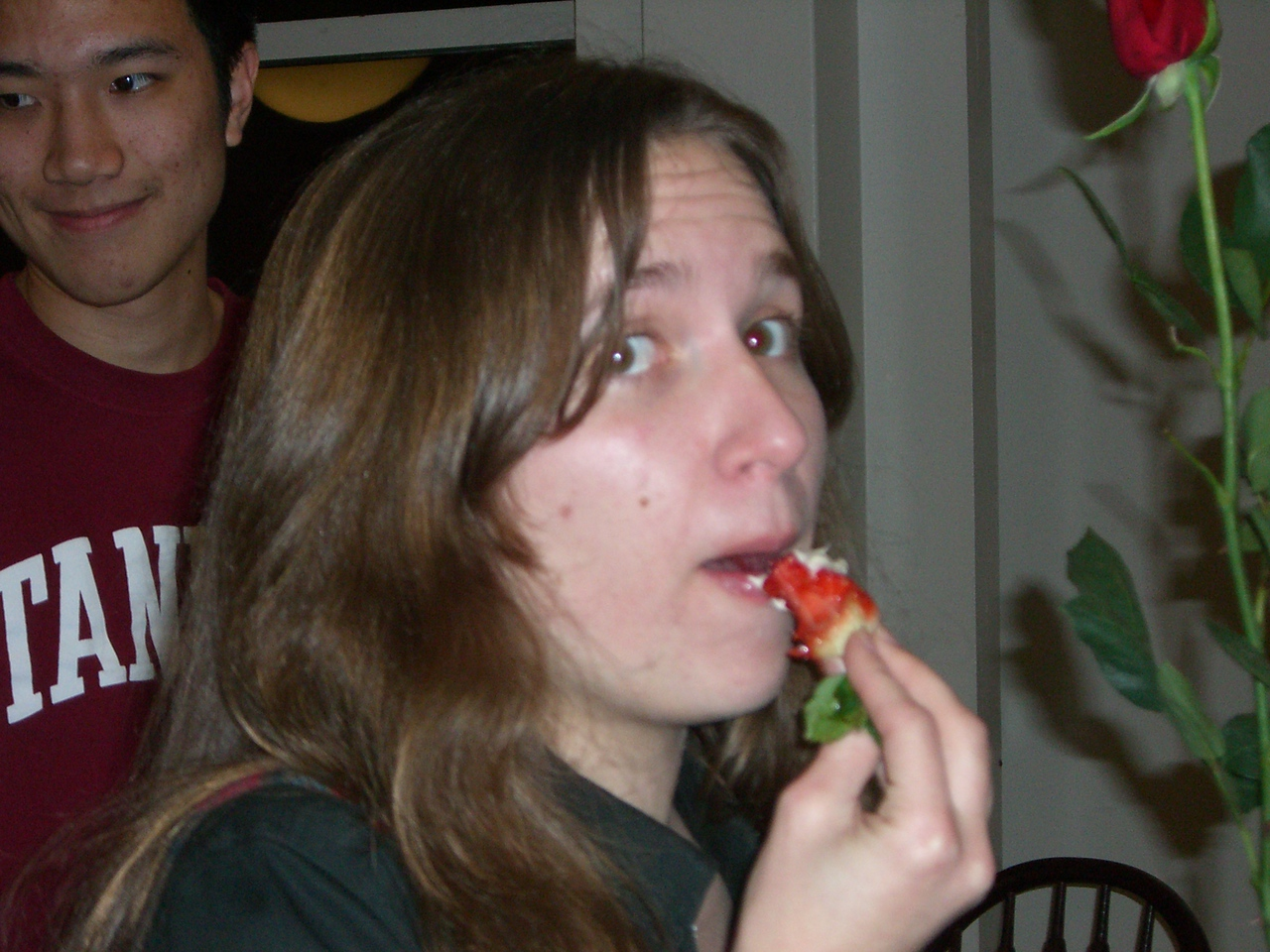 2006 02 13 Mon - Jenna Sloat tries the moldy strawberries