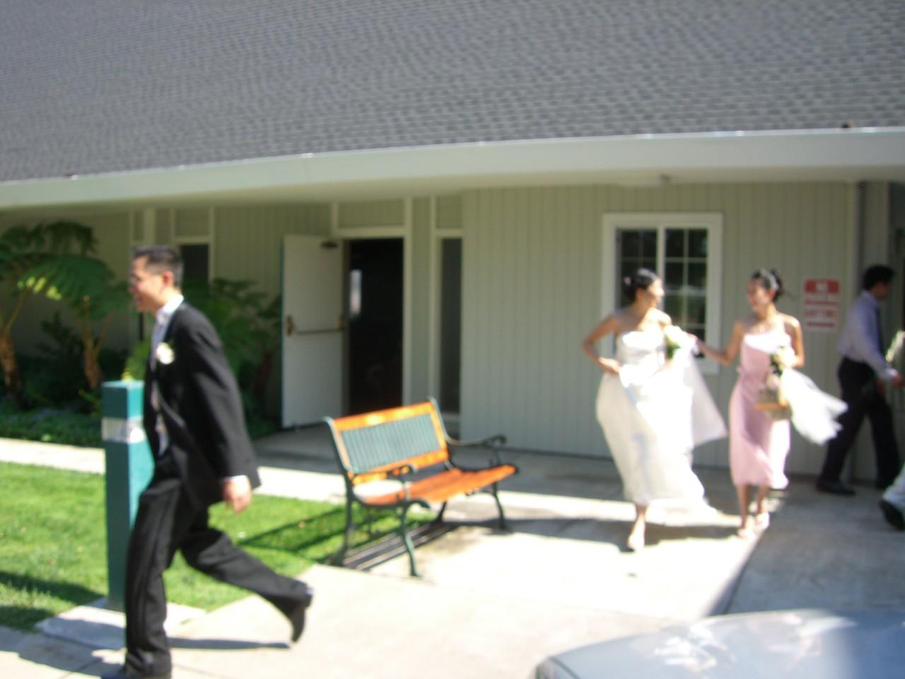 2006 06 24 Sat - Bride & Bridesmaid running after Groom