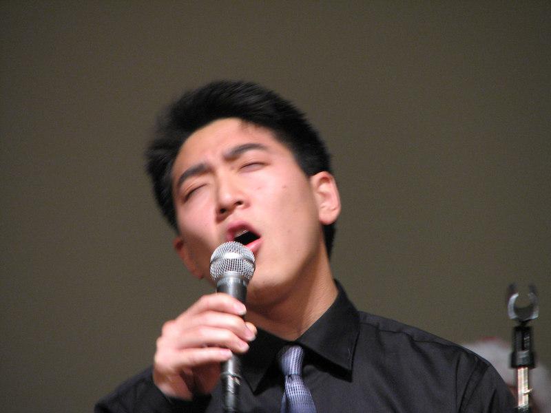 2006 12 02 Sat - Josh Chang singin' CIAA