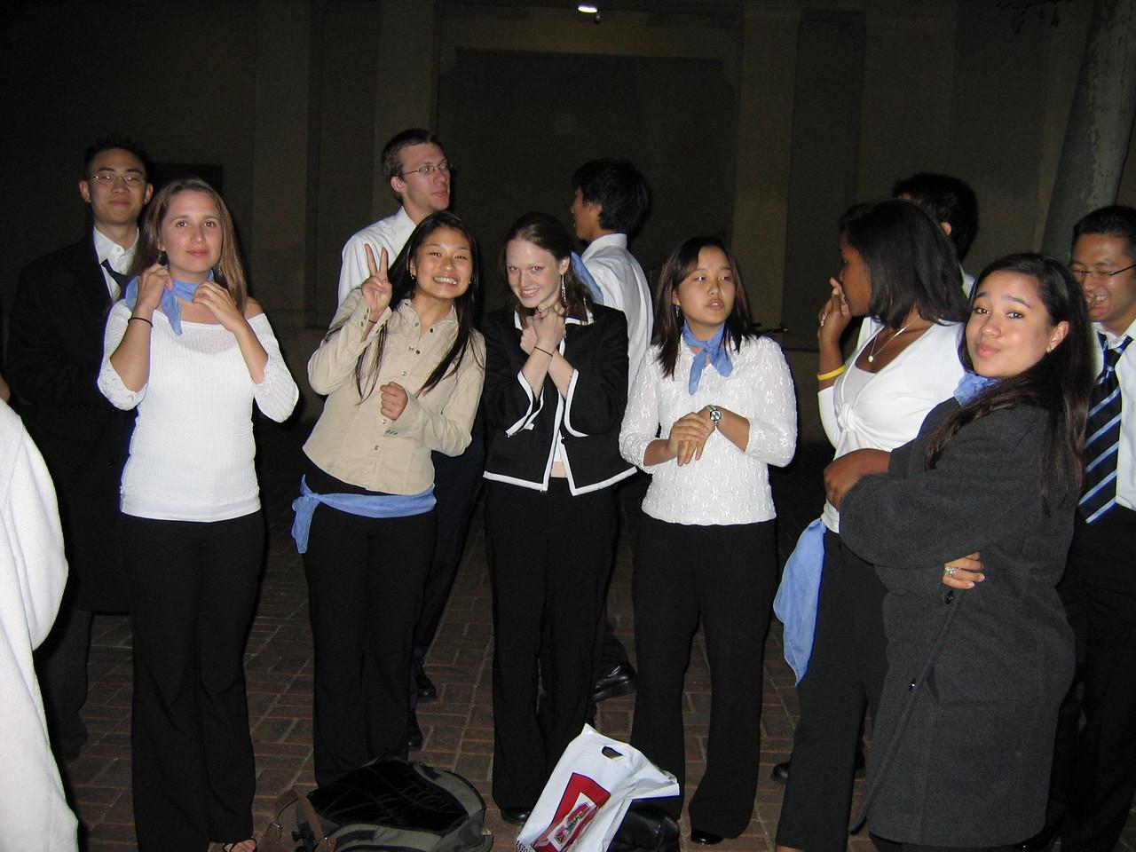 2005 10 22 Sat - Group pic outside Mem Aud 2