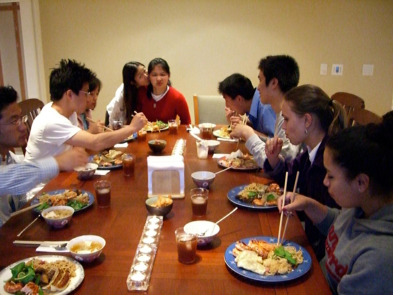 2006 04 23 Sun - Tmony @ The Kim's for dinner 2