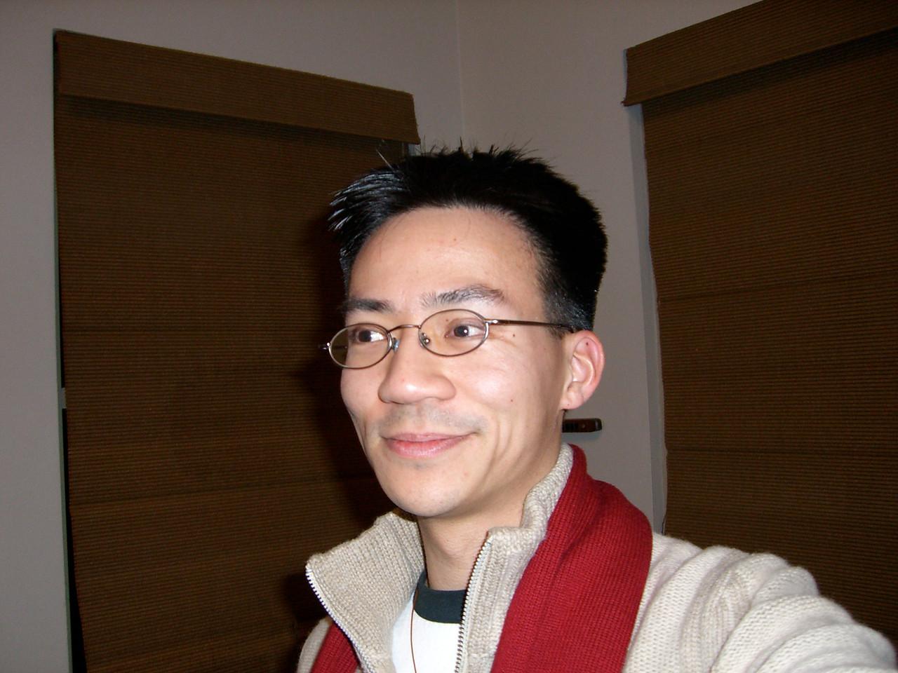 2006 03 16 Thu - Ben Yu alone 'cuz Joseph Tan left the frame
