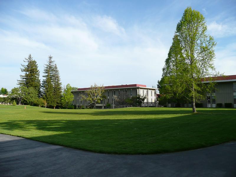 More SLAC campus