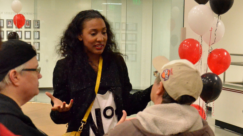 Candice Wiggins chatted with FBC members.