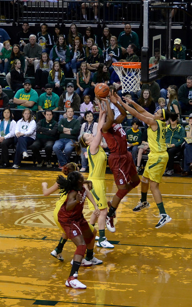 Nneka shoots again: at one point the Ogwumike sisters were outscoring Oregon by 5