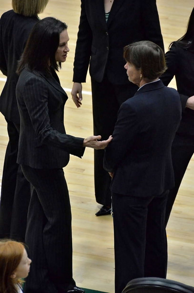 Before the game, Jennifer Azzi and Tara Vanderveer had a long conversation.