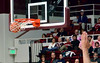 The basket on arrival of a 3-pointer from the right corner by Laroque.