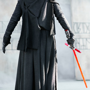 Best of Kylo's Wardrobe, Worth of a Fashion Award