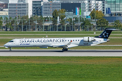 Adria Airways Bombardier CL-600-2D24 CRJ-900LR S5-AAV 9-13-19
