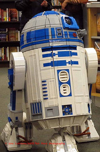 """Lego R2D2  """"the only fully operational lego R2""""  as it is remote controlled"""
