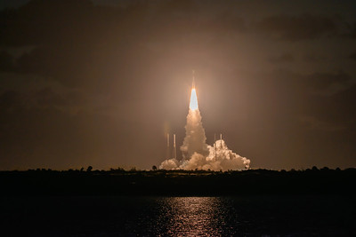 Atlas V launches the Orbital Flight Test