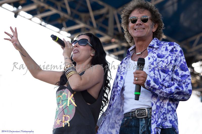Mickey Thomas and Stephanie Calvert