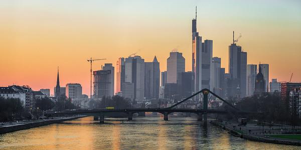 Skyline sunset Frankfurt