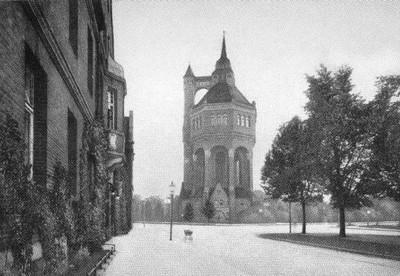 Hohenzollern Str  nr  96 Sudecka róg Wiśniowej wieża ciś  03
