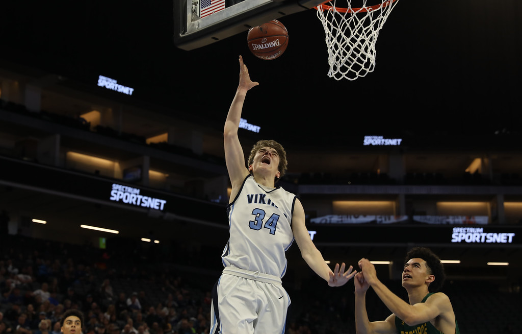 . Pleasant Valley High\'s Treyson Keating goes up for a shot during the state championship game at Golden 1 Center, March 24, 2018, in Sacramento, California. (Carin Dorghalli -- Enterprise-Record)