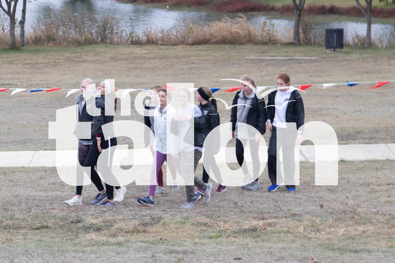 The Lady Eagles cross country team competes in the state tournament at Old Settler's Park in Round Rock, Texas on Nov. 9, 2019. (Jaclyn Harris / The Talon News)