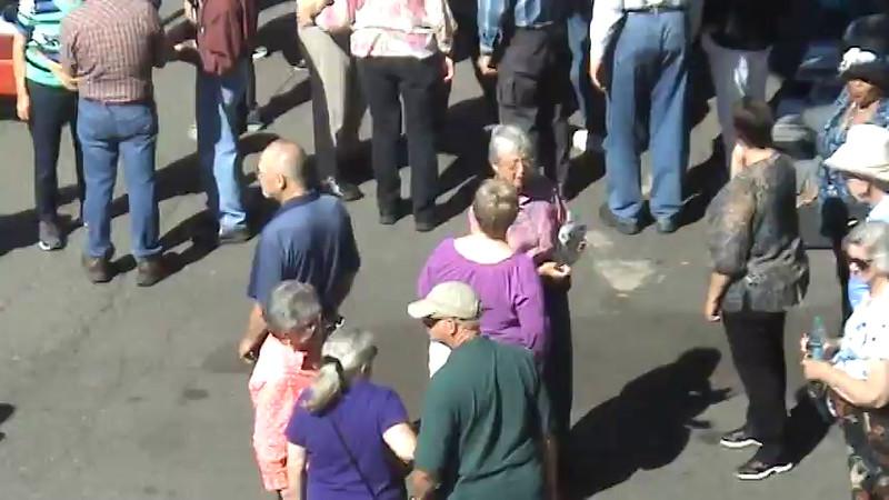 """Fountain"" Mob scene...just before flash-mob start. (23sec. video)"