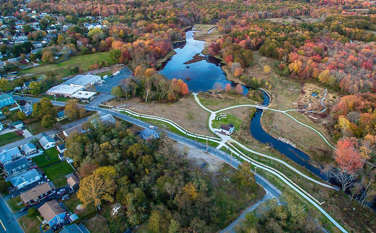 Massachusetts: Acushnet Sawmill Trails and Boardwalk Project