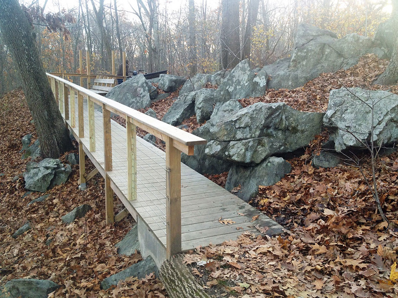 Rhode Island:  Neutaconkanut Hill Trail