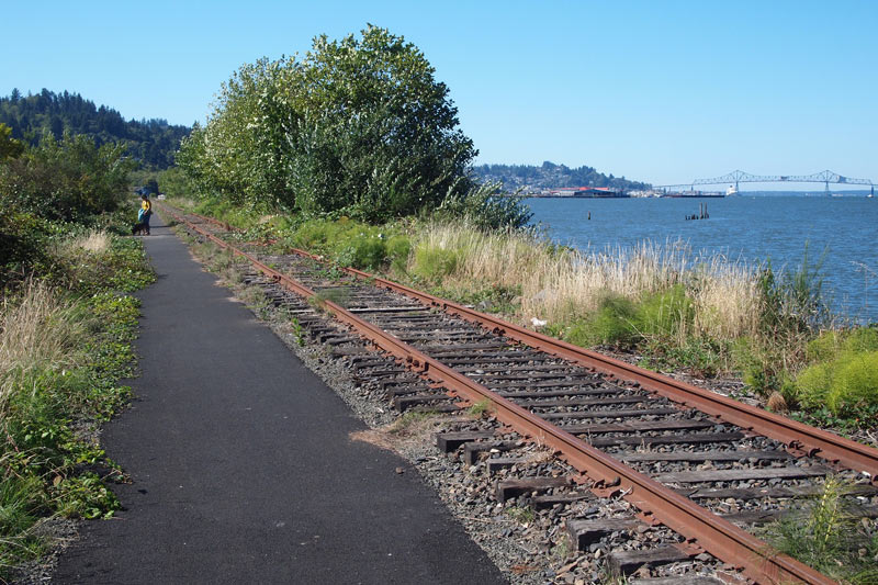 Oregon:  Lower Columbia River Trail