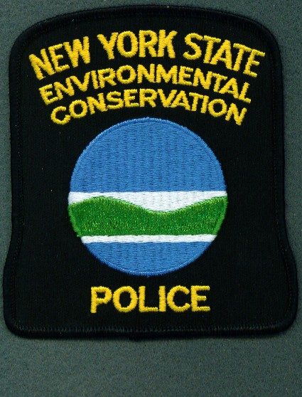 Worn on right sleeve 1988 to current