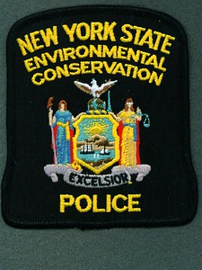 Worn on left sleeve 1988 to current