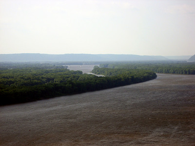 View of the Mississippi from Fire Point Overlook
