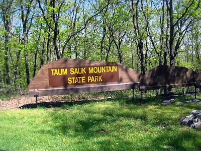 Entering Taum Sauk State Park