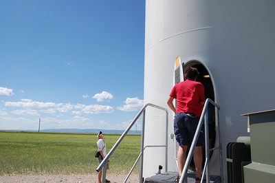 Rockies Project research at a windfarm in Montana